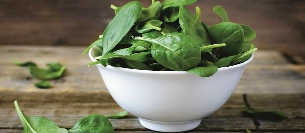 Om magen mår bra mår huden bra. Spenat hjälper till att skydda mot inflammationer.