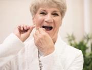 Glöm inte bort tandvården på äldre dar