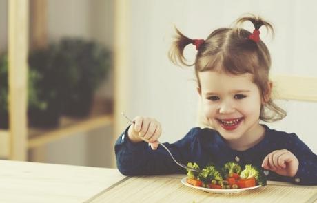 Nya råd om förskolematen: mer grönt – mindre socker