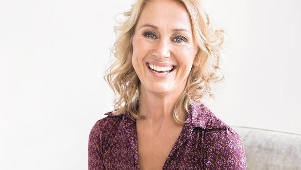 Karin-Björkegren-Jones-om-yogan-cancern-och-livet